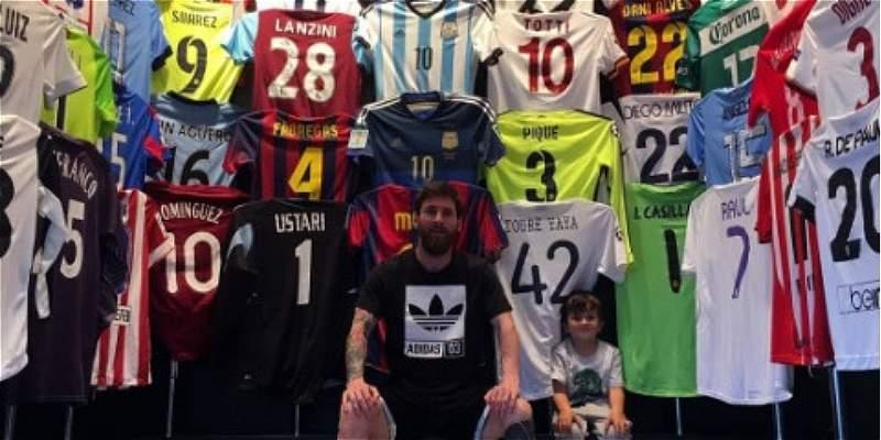 Messi también colecciona camisetas de fútbol: mostró su museo personal