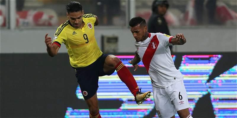 Le da la vuelta al mundo:la charla de Falcao con los jugadores de Perú