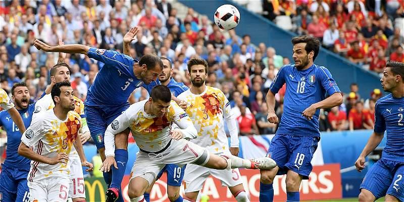 Italia dejó por fuera al bicampeón de la Euro: le ganó 2-0 a España