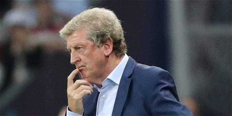 Tras el \'oso\' frente a Islandia, Hodgson no es más DT de Inglaterra