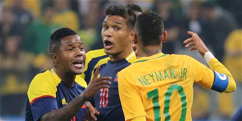 En fotos: el candente juego de los Olímpicos entre Colombia y Brasil