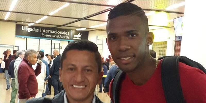 El panameño Roderick Miller ya firmó contrato con Atlético Nacional