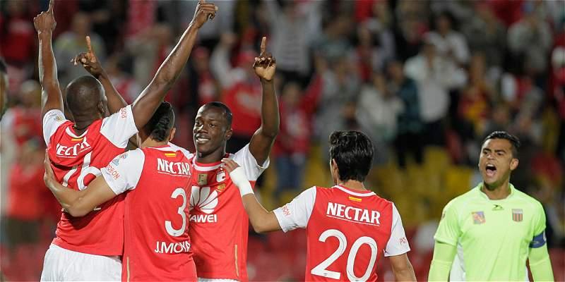 Con Costas en el palco, Santa Fe venció 2-0 a Envigado en El Campín