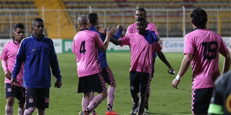 Boyacá Chicó se resiste a descender: derrotó 1-2 a La Equidad en Techo