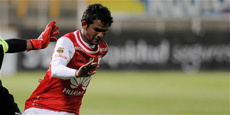 \'Tenemos equipo para pelear Copa, Liga y Liberadores\': Osorio Botello