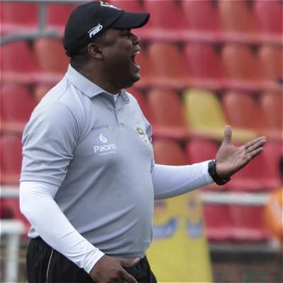 Jaguares se impuso 2-1 contra Tigres en duelo directo por el descenso