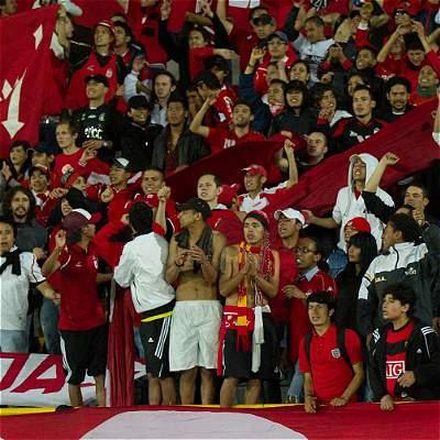 El fútbol se une en contra de las intimidaciones de barra de América