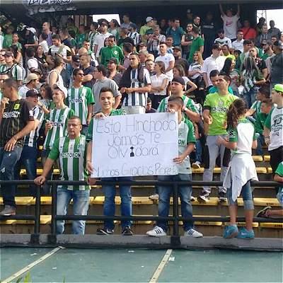 En fotos: así fue la emotiva despedida de los hinchas de Nacional para Rueda y sus ayudantes