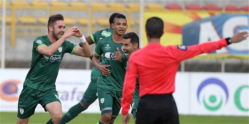 En el último suspiro, La Equidad venció 2-1 a Jaguares en Techo