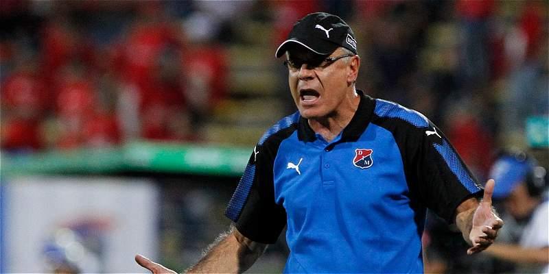 De mutuo acuerdo, Juan José Peláez dejó de ser técnico del Medellín