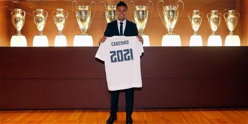 El brasileño Casemiro renovó por seis temporadas con Real Madrid