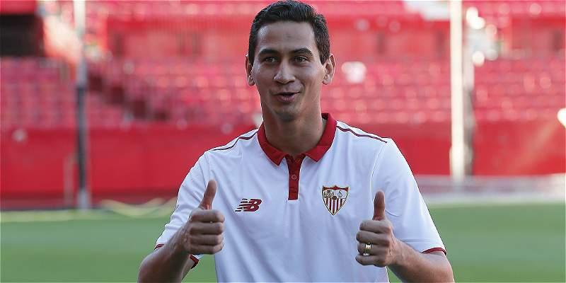 Ganso fue presentado oficialmente como nuevo jugador de Sevilla