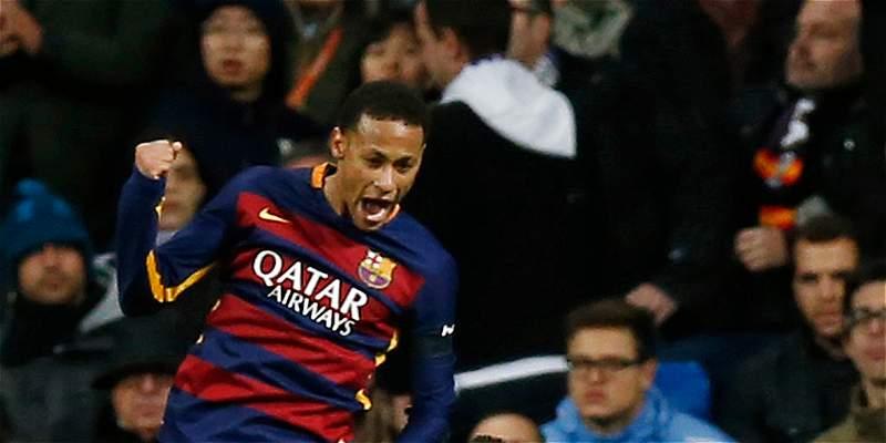 Barcelona dice haber pagado 19,3 millones de euros a Santos por Neymar