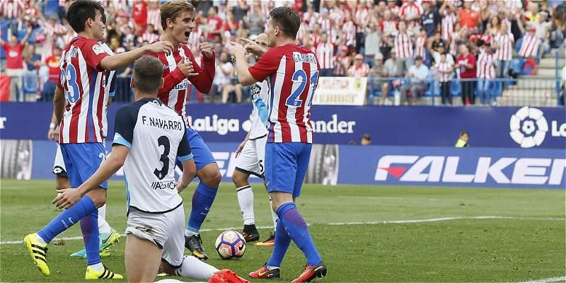 Sin Marlos Moreno, Deportivo La Coruña perdió 1-0 con Atlético