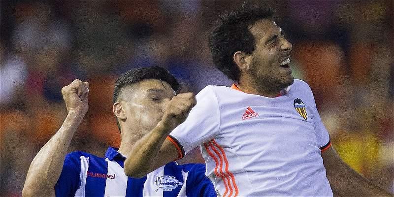 Con Daniel Torres todo el partido, Alavés venció 3-1 a Granada