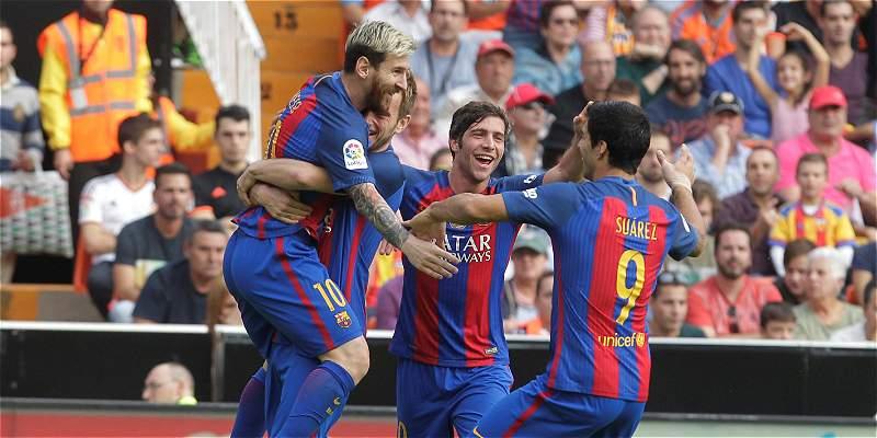 Festival de goles y polémicas se vivió en el Valencia 2- Barcelona 3