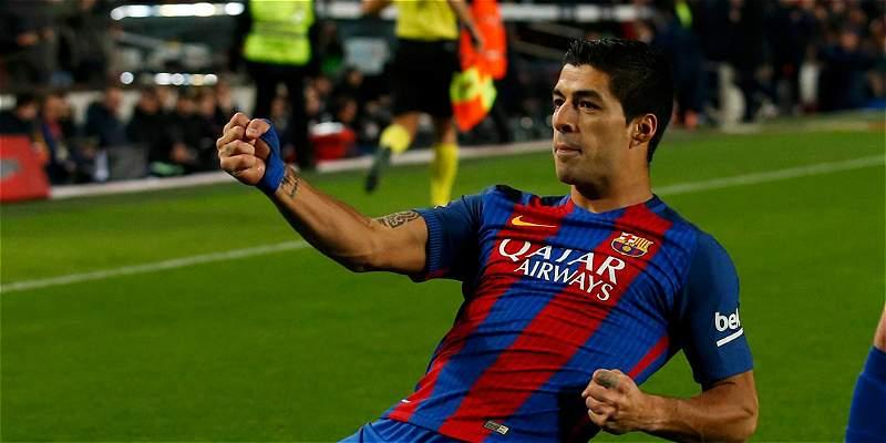 Luis Suárez completó 100 goles jugando para el Barcelona