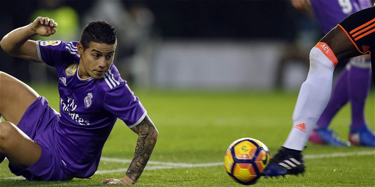 Con James Rodríguez 62 minutos, Real Madrid perdió 2-1 contra Valencia