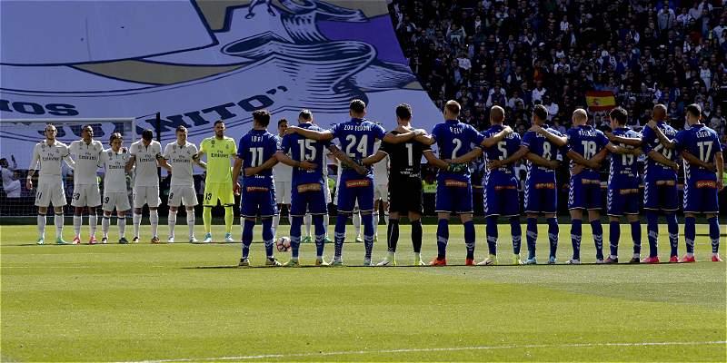 El Bernabéu guardó un minuto de silencio por las víctimas de Mocoa