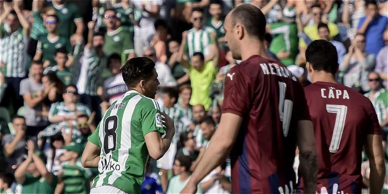 Betis se reencontró con el triunfo en la Liga: derrotó  2-0 al Eibar