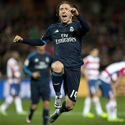 Modric hereda el número 10 de James Rodríguez en el Real Madrid