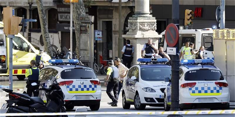 El fútbol se muestra muy solidario frente al atentado de Barcelona