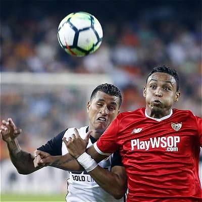 El duelo de colombianos se lo llevó Murillo: Valencia 4-0 al Sevilla