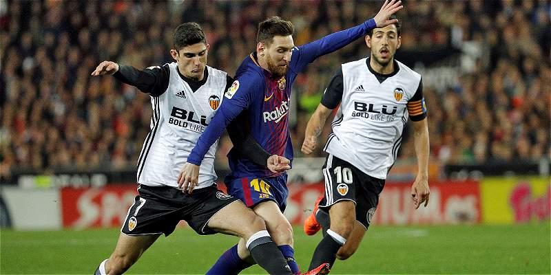 Sufrió, pero lo logró: Barcelona empató 1-1 con Valencia con polémica