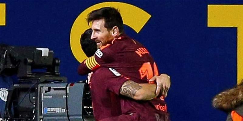 Barcelona aprovechó las expulsiones de Villarreal y lo derrotó 0-2