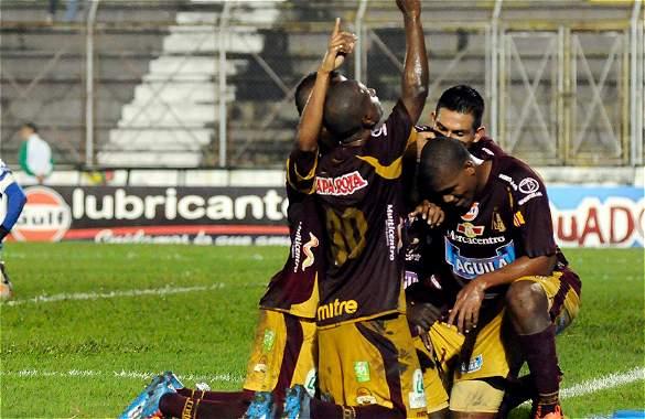 Deportes Tolima logró un triunfo importante en Ibagué.