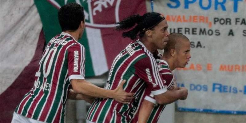 Ronaldinho Gaúcho debutó con Fluminense en la victoria contra Gremio