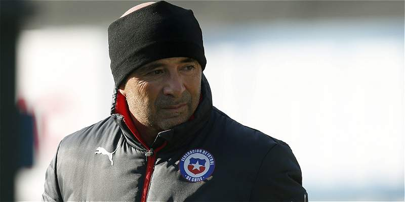 Sampaoli liberó a Bravo y a Vargas para amistoso con Paraguay