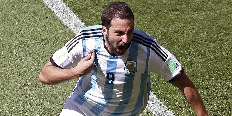 Higuaín no viajó a Estados Unidos y Argentina sufrió su sexta baja