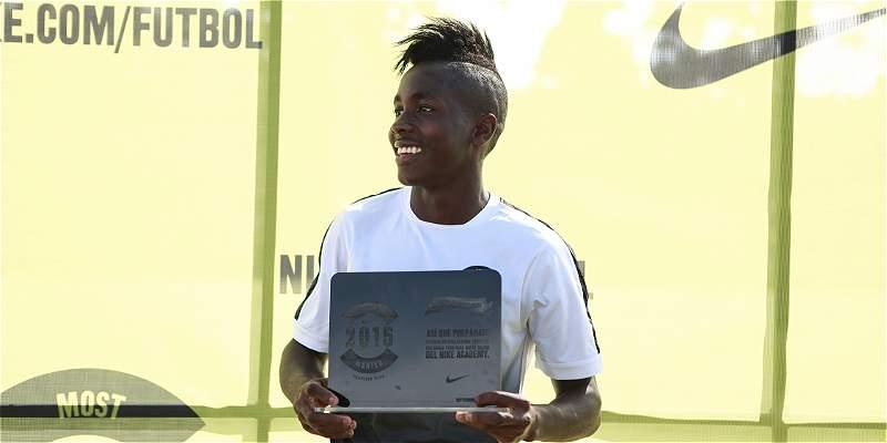 Futbolista colombiano, a mostrar su talento en Inglaterra