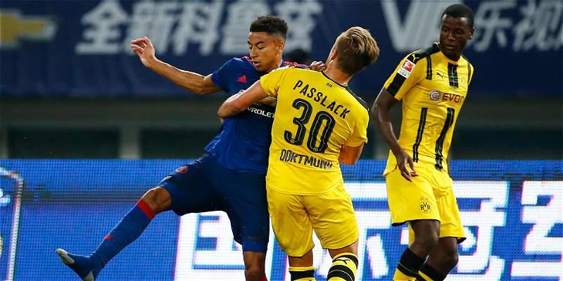 Dortmund, que contó con Adrián Ramos, venció 1-4 al United en amistoso