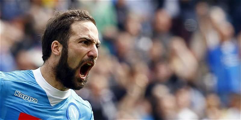 Hinchas de Nápoles, molestos con Higuaín por supuesto pase a Juventus