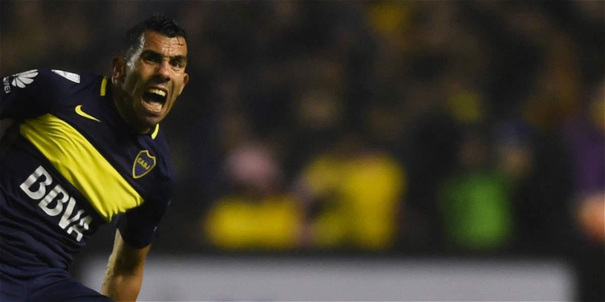 Tévez regresó a Boca Juniors y confirmó que seguirá en el equipo