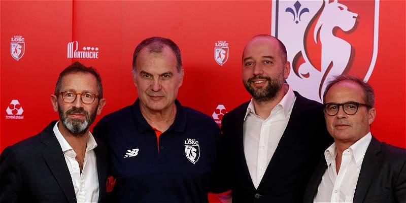 Marcelo Bielsa fue presentado oficialmente como nuevo DT del Lille