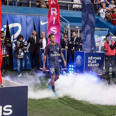 Así fue la presentación de Neymar en el Parque de los Príncipes