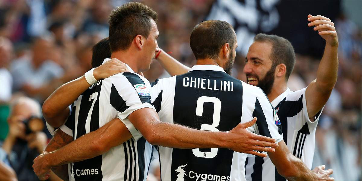 Con buena actuación de Cuadrado, Juventus venció 3-0 al Cagliari