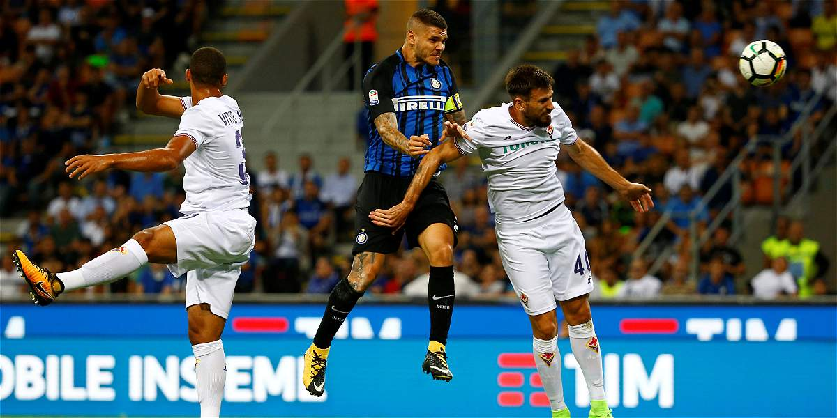 Fiorentina, que tuvo a Carlos Sánchez los 90, perdió 3-0 con Inter