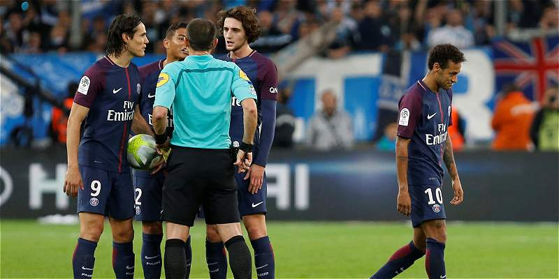 Neymar y una adaptación con muchos altibajos al fútbol francés