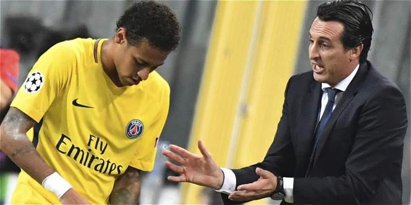 Relación entre Neymar y Emery en PSG parece estar cada vez más tensa