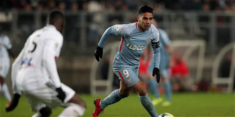 El Mónaco, con Falcao de titular, empató 1-1 en su visita al Amiens