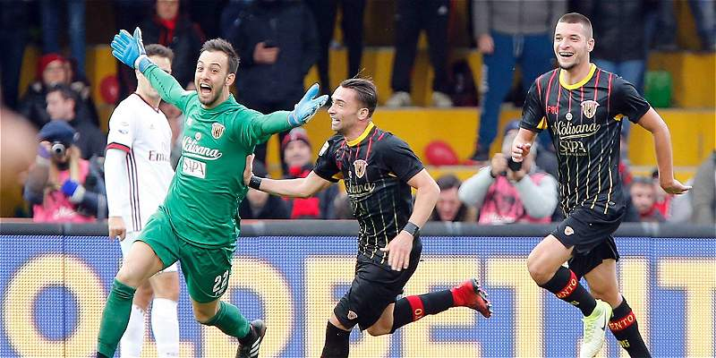Benevento sumó en Italia contra Milan