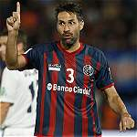 Mario Yepes, defensa colombiano de San Lorenzo.