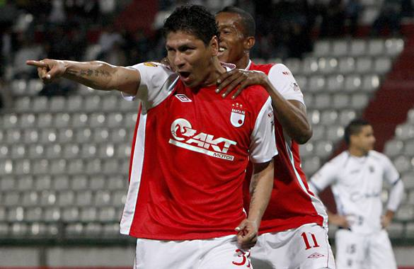 Santa Fe, como visitante, superó 2-0 a Expreso Rojo en Copa Postobón