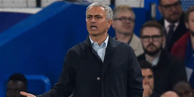 José Mourinho descarta una renuncia a la dirección técnica de Chelsea