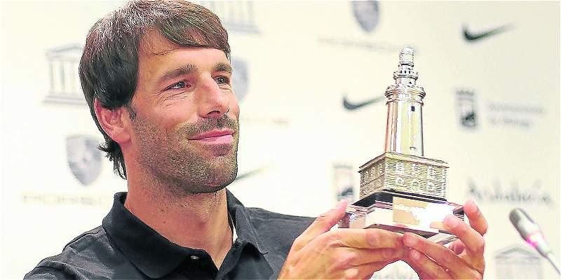 Van Nistelrooy felicita a Vardy tras batir su récord anotador