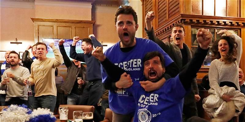 Leicester, campeón de la Premier por TV: Chelsea 2-2 con Tottenham
